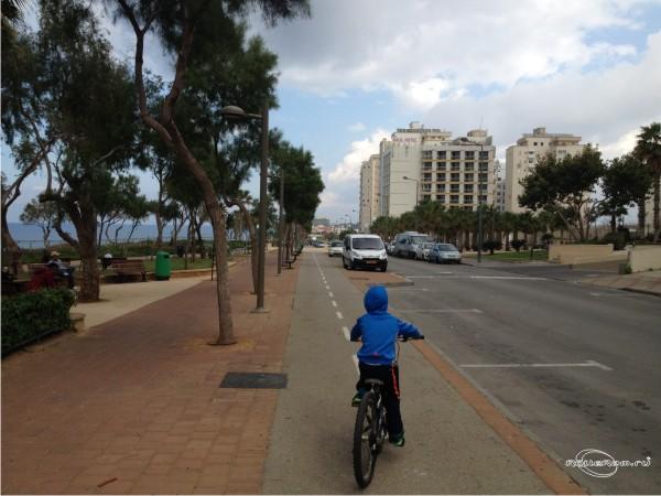 Роликовые коньки или велосипед, что лучше?